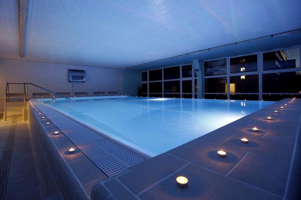 Hotel Spa wellness máj bazén